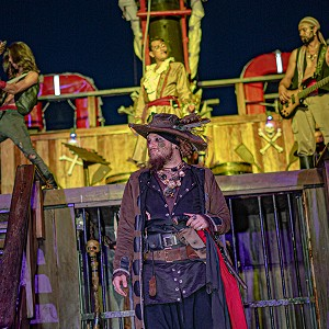 jolly-roger-cancun-pirate-show-cancun-2019-14