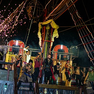 jolly-roger-cancun-pirate-show-cancun-2019-5