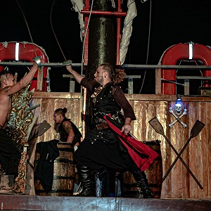 jolly-roger-cancun-pirate-show-cancun-2019-6