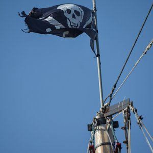 jolly-roger-pirate-ship-cancun4